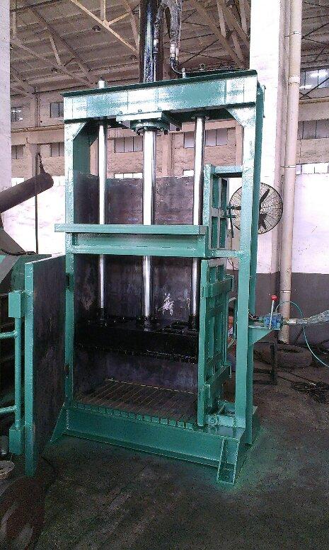 40T立式棉纱液压打包机